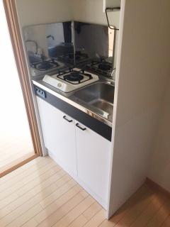 24時間演奏 防音 マンション カンタービレ横浜のキッチンはガスコンロ、火力が強くて料理もしやすいです。