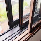 AUKS江古田ラシクラスの窓は防音三重サッシを採用しています。