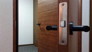 遮音性能を高める防音二重ドア