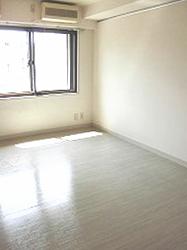 lotos-bedroom2-187-250