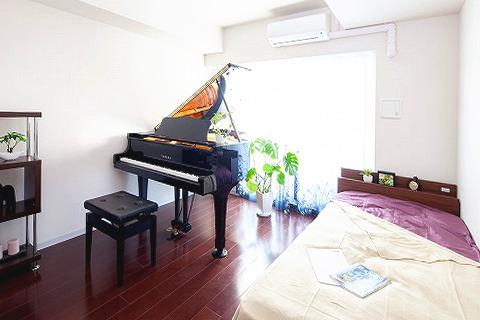 防音 室内に グランドピアノ を置いたイメージ