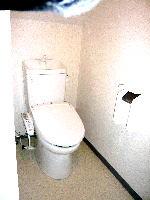 バンド練習楽器演奏音楽教室ッ利用可能なプライベート貸しスタジオ  音部屋中野スタジオ  共用部トイレ